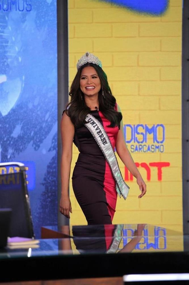 Hoa hậu Hoàn vũ Thế giới nhiều lần tự dìm dáng, tố nhược điểm đô vật-6