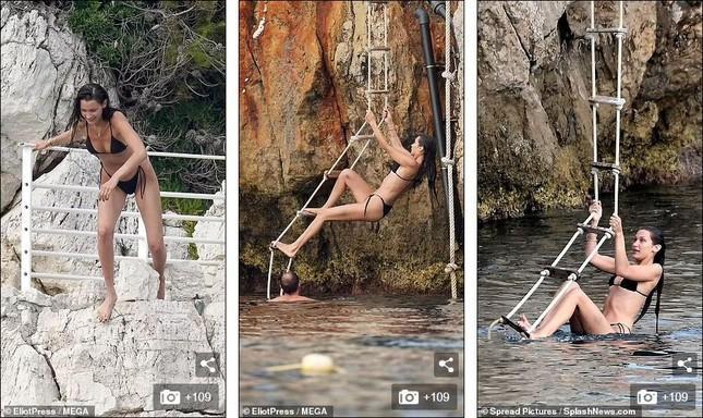 Bella Hadid diện bikini sexy hết nấc, tình bể bình bên bạn trai mới-10