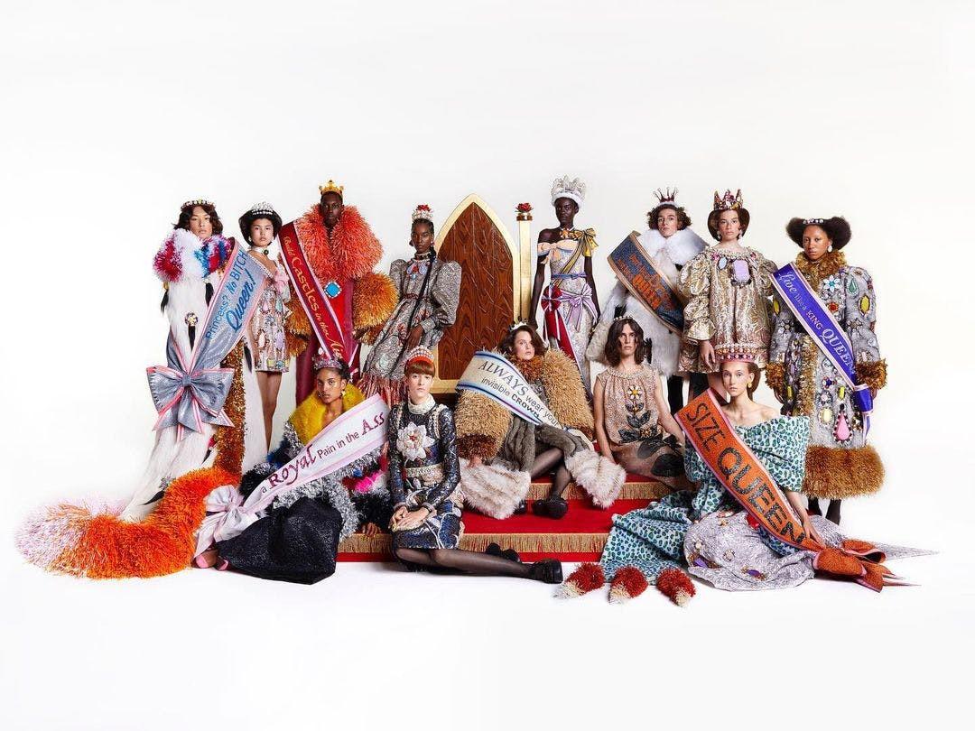 Sự trở lại của Haute Couture lộng lẫy trên sàn catwalk thời trang thế giới 2021 - 15