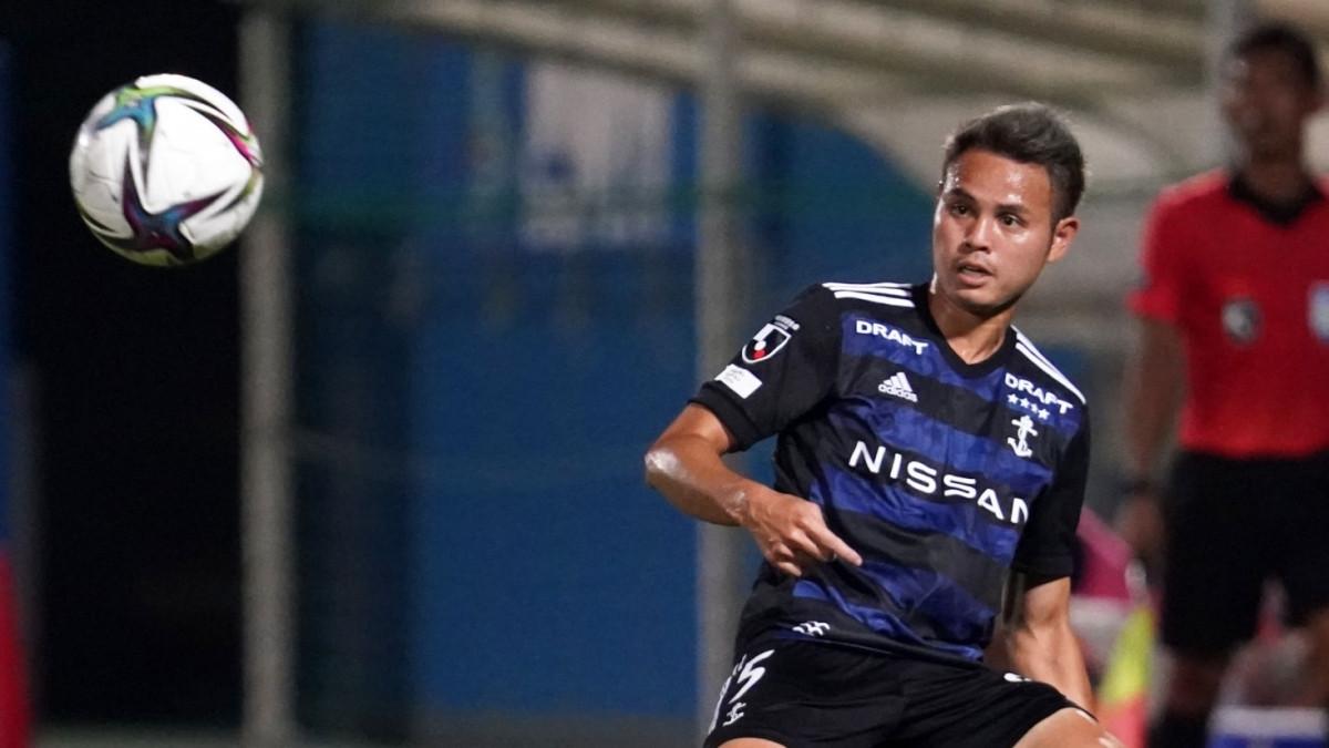 Theerathon Bunmathan mất suất đá chính ở Yokohama F. Marinos (Ảnh: Getty).