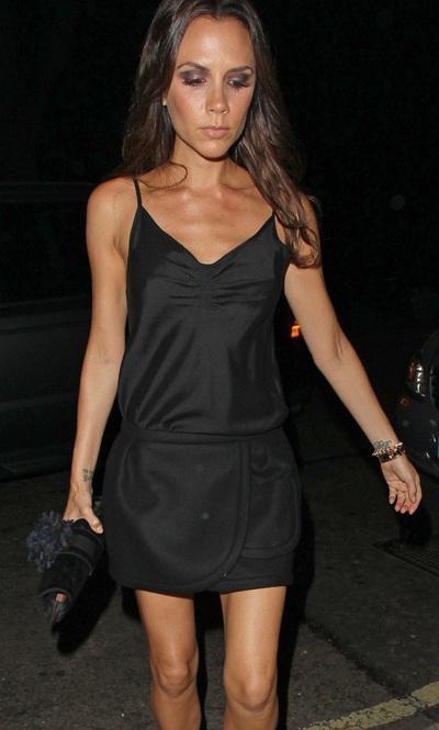 5 items Victoria Beckham diện cách đây 20 năm vẫn SO HOT đến hiện tại-12