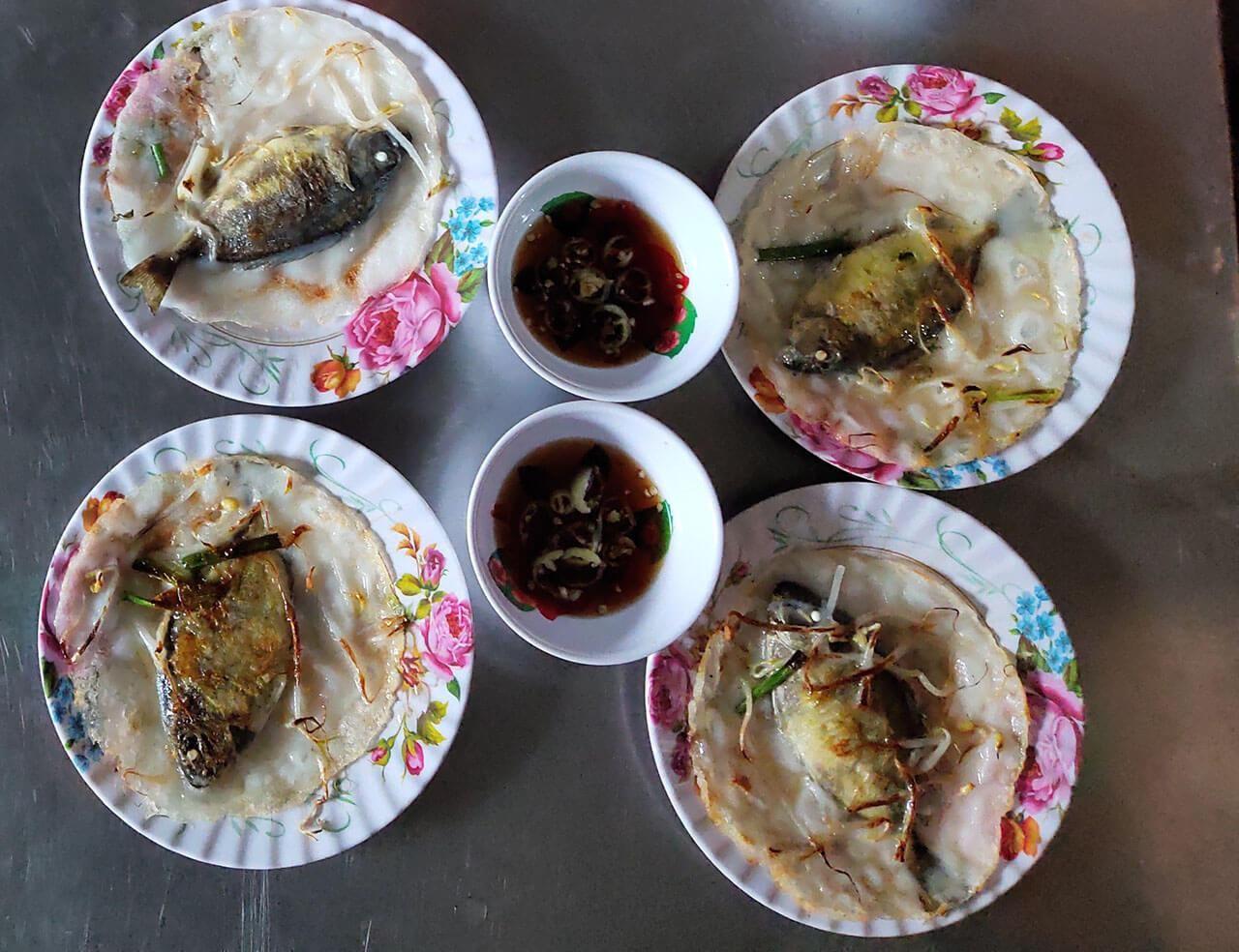 Về đầm Chuồn xứ Huế thưởng thức món bánh khoái cá Kình độc lạ - 4