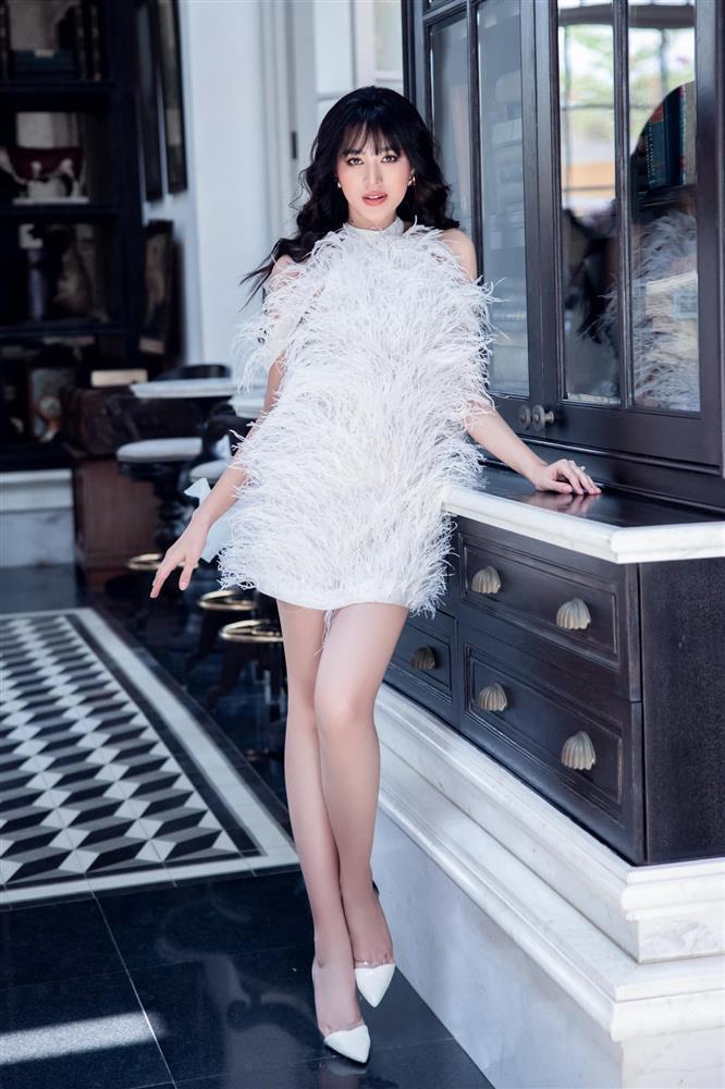 Đỗ Thị Hà chưa học catwalk và makeup để thi Miss World 2021-2