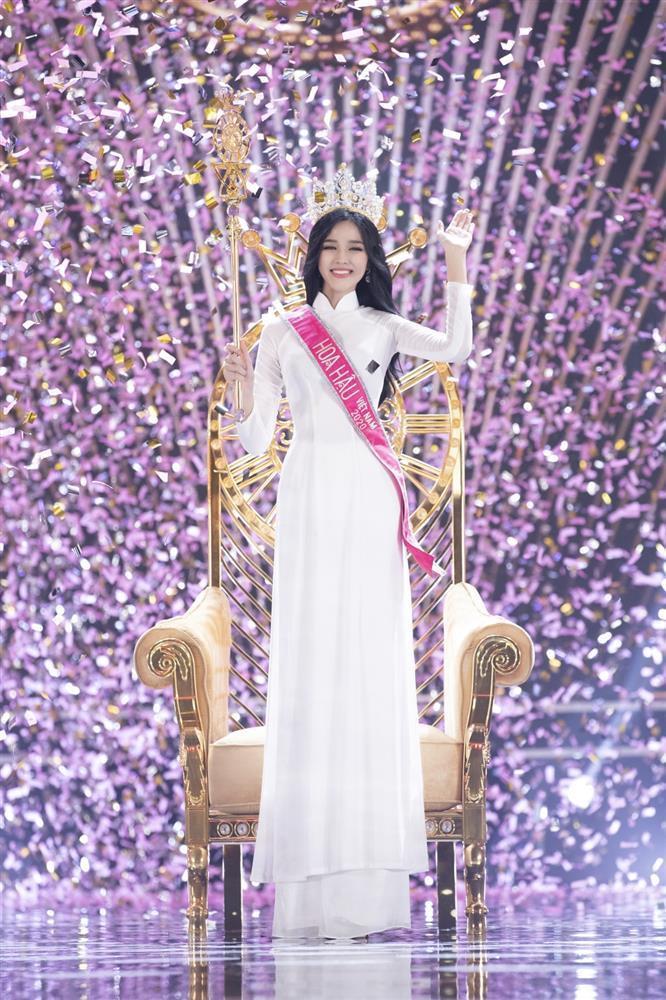 Đỗ Thị Hà chưa học catwalk và makeup để thi Miss World 2021-5
