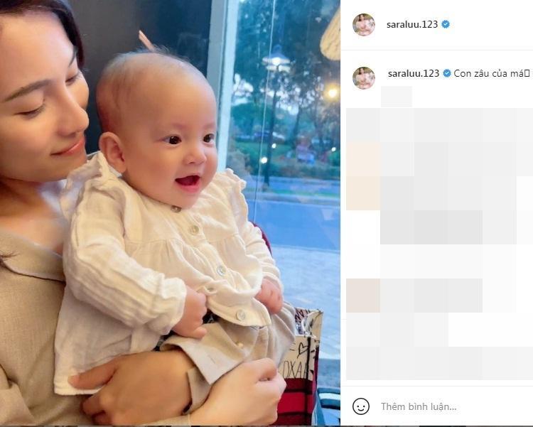 Con gái Hồ Ngọc Hà biểu cảm cưng xỉu khi bố chồng tương lai bế-4