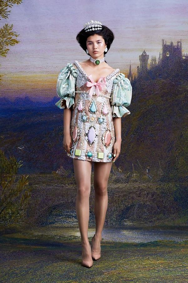 Nhưng xu hướng lớn nhất trong tuần lễ thời trang xa xỉ Haute couture Paris - 10