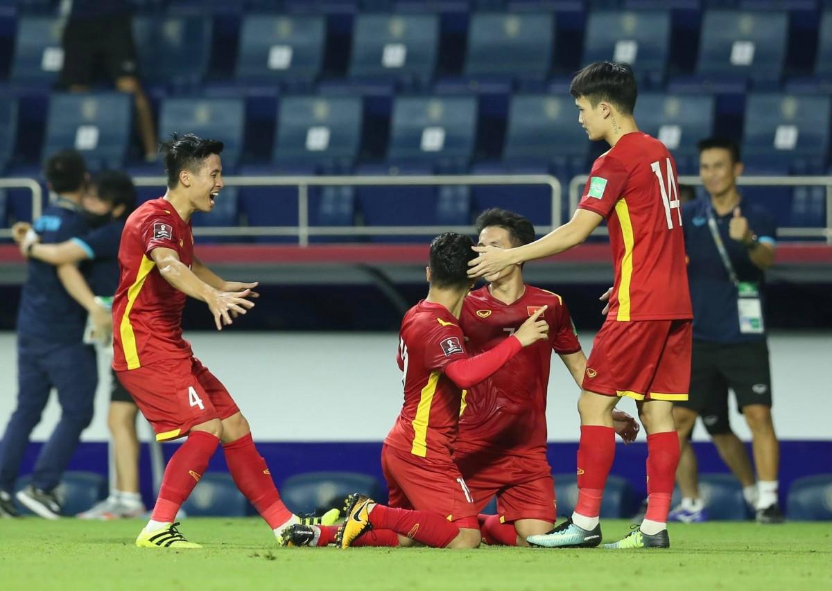 ĐT Việt Nam có thể tập trung sớm để chuẩn bị cho Vòng loại World Cup 2022. (Ảnh: CTV Yểu Mai)