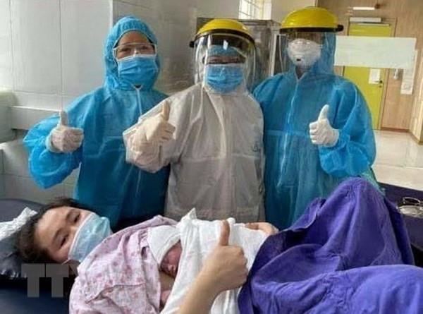 Mo lay con thanh cong cho san phu duong tinh voi virus SARS-CoV-2 hinh anh 1