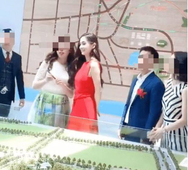 Angela Baby lẻ bóng đi mua nhà, Huỳnh Hiểu Minh về quê vắng vợ con-2