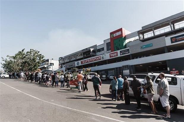 Tong thong Nam Phi: Dat nuoc khong thieu luong thuc sau bao loan hinh anh 1
