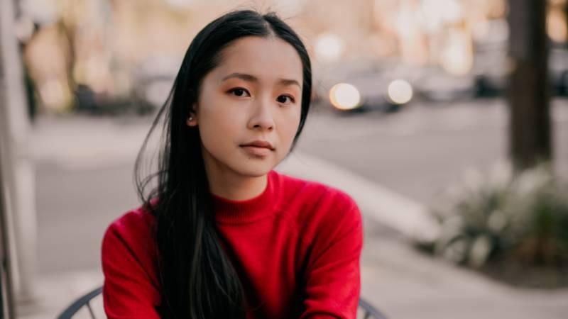 Cô sinh viên gốc Việt 18 tuổi, được vinh danh Nhà thơ trẻ quốc gia 2021 tại Mỹ - 3