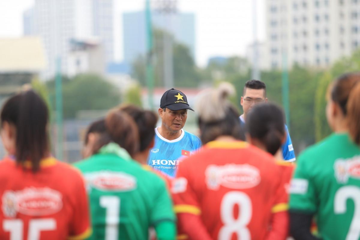 ĐT nữ Việt Nam chuẩn bị tham dự vòng loại giải bóng đá nữ châu Á 2022