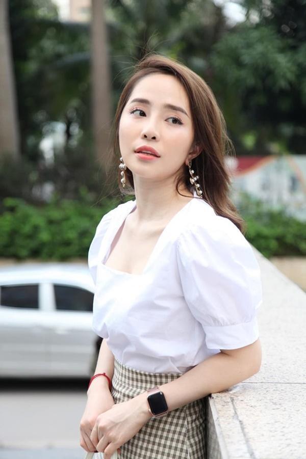 Dàn tình cũ khó ưa, không rủ cũng tới trong phim Việt-5