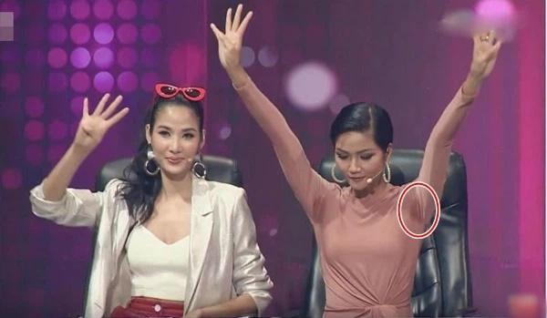 Đặng Thu Thảo, Ngọc Trinh từng ê chề vì mồ hôi nách như EXO-4