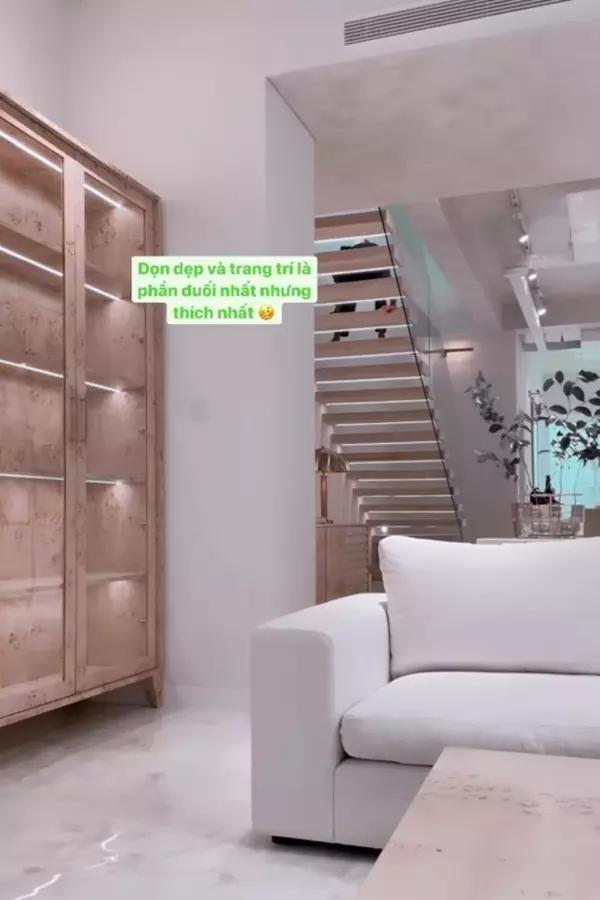 Kim Lý hứa làm ông nội trợ giỏi trong biệt thự mới của Hồ Ngọc Hà-19