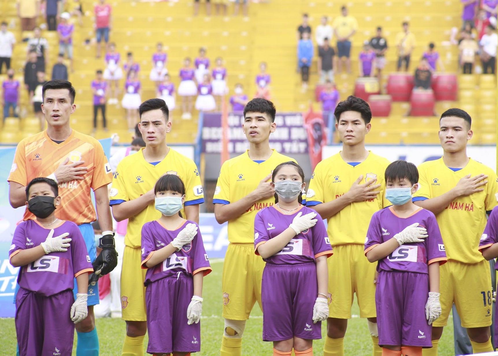 Tuyển Việt Nam thi đấu được, sao VPF muốn hoãn V-League sang năm 2022? - 2