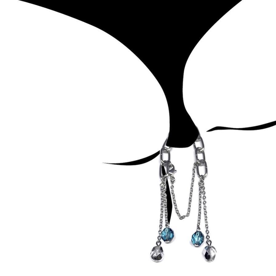 Trào lưu dị mới nổi Beachtail: Đeo trang sức vào đáy quần bikini-2