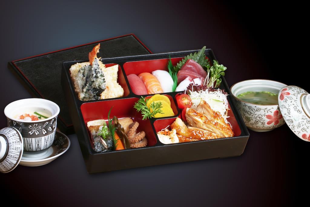 Chỉ là cơm hộp mà sao Bento lại trở thành những 'tuyệt phẩm' ở Nhật Bản - 5