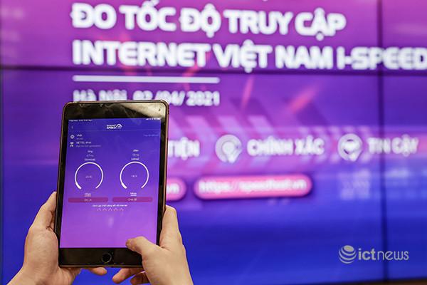 Nhà mạng miễn cước với data đo tốc độ Internet bằng ứng dụng i-Speed