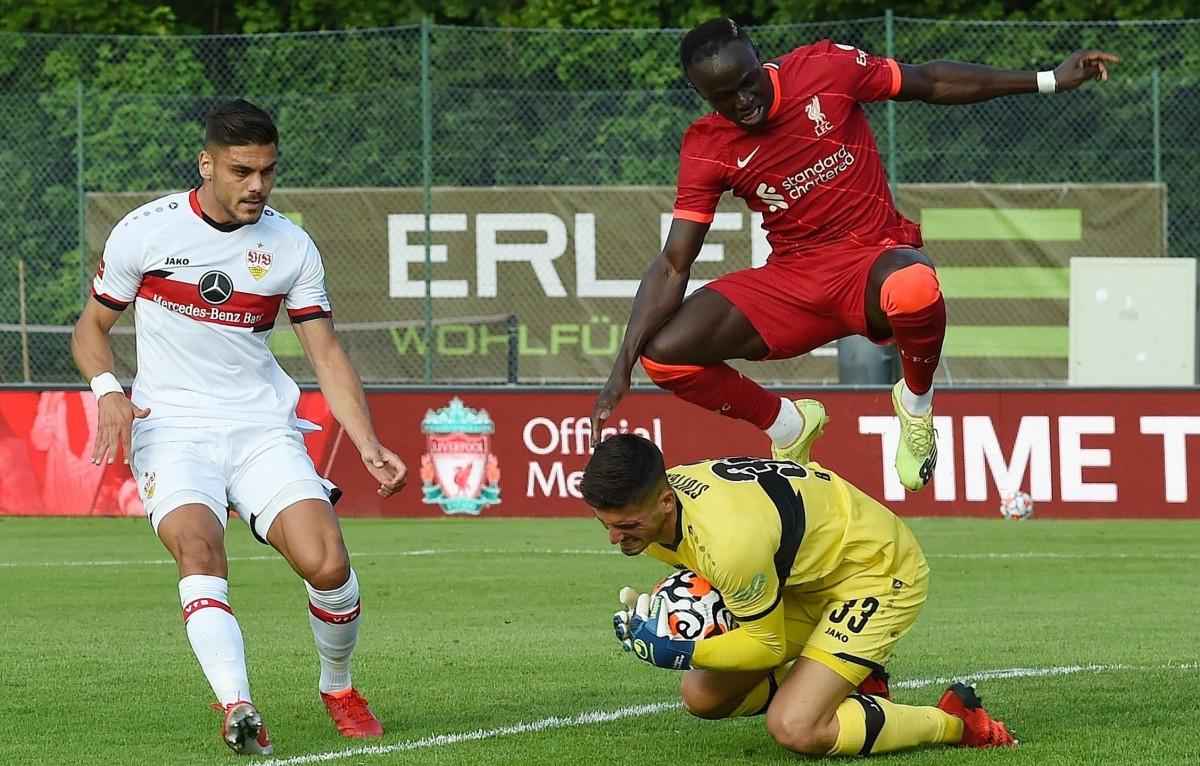 Đáng chú ý, trận đấu giữa Liverpool và Stuttgart chỉ diễn ra trong 30 phút thay vì 90 phút như thông thường.