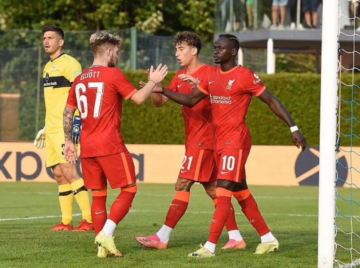 Liverpool gỡ hòa 1-1 trước Stuttgart nhờ pha ghi bàn của Sadio Mane.