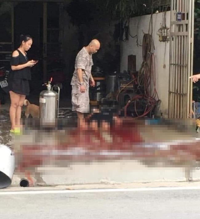 Clip: Nổ bình tạo bọt rửa xe, 1 phụ nữ tử vong thương tâm-1