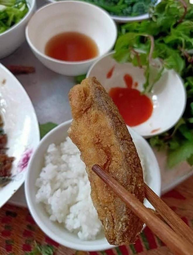 Kỳ công món đặc sản cá