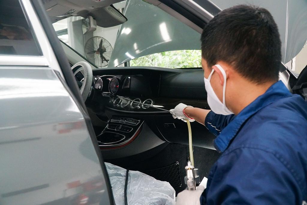 vệ sinh xe ô tô