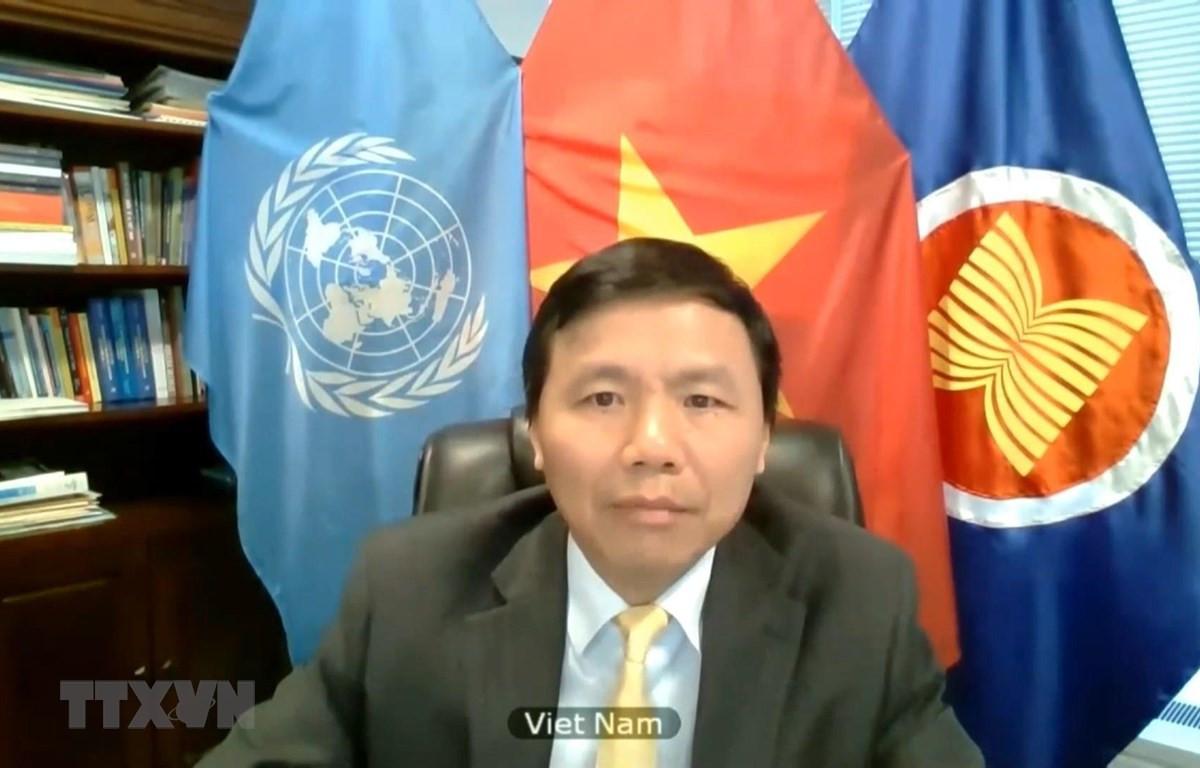 Đại sứ Đặng Đình Quý - Trưởng phái đoàn Việt Nam tại LHQ. (Ảnh: Hữu Thanh/TTXVN)