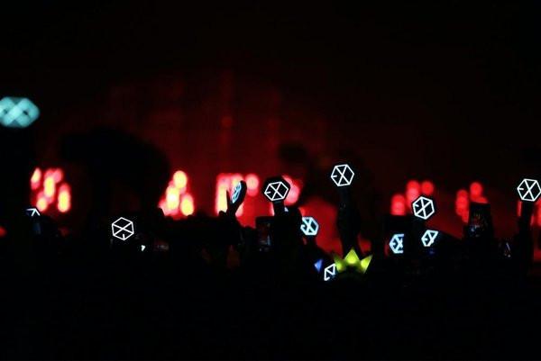 Kết quả hình ảnh cho EXO-L