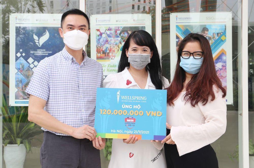 Một trường phổ thông ở Hà Nội ủng hộ 120 triệu đồng cùng TP.HCM chống dịch - 1