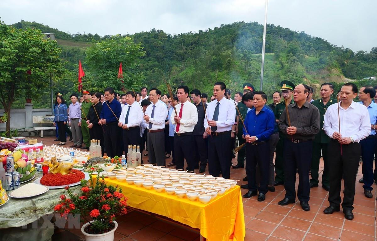 Bộ Quốc phòng tri ân 50 tỷ đồng tu bổ Nghĩa trang Liệt sỹ Vị Xuyên, Hà Giang - 1
