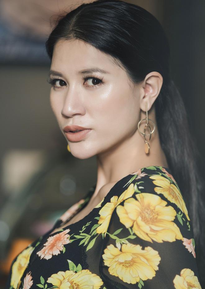 Thánh chửi Trang Trần hát live, netizen xin gấp máy thở cho chị đeo-1