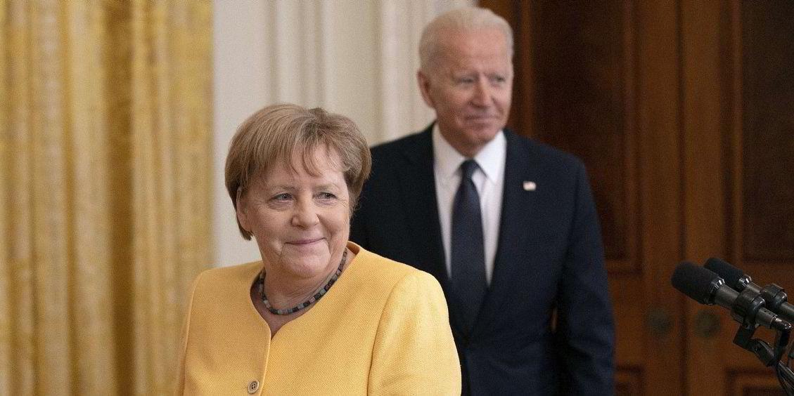 Tổng thống Mỹ Joe Biden và Thủ tướng Đức Angela Merkel trong buổi họp báo ngày 15/7. (Nguồn: AFP)