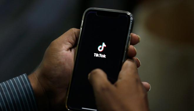 TikTok bắt đầu cấm các quảng cáo tiền ảo để tránh người dùng gặp phải những câu chuyện đáng tiếc - Ảnh 2.