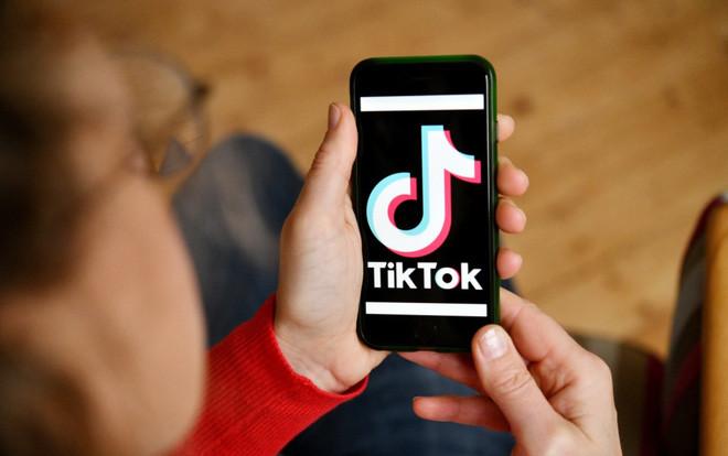 TikTok bắt đầu cấm các quảng cáo tiền ảo để tránh người dùng gặp phải những câu chuyện đáng tiếc - Ảnh 1.
