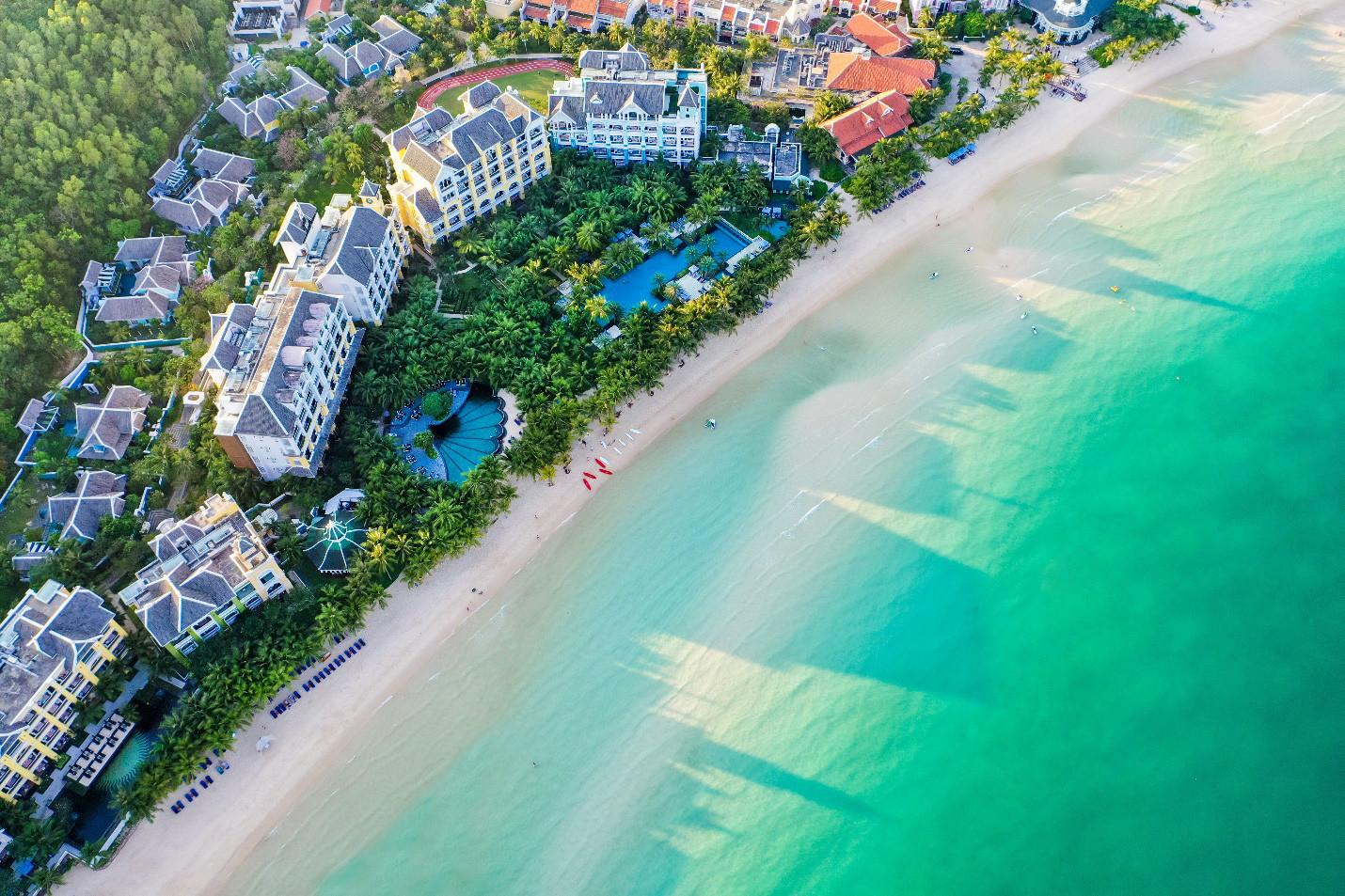 """Những công trình du lịch nào của Việt Nam """"ẵm"""" nhiều giải quốc tế nhất? - 4"""