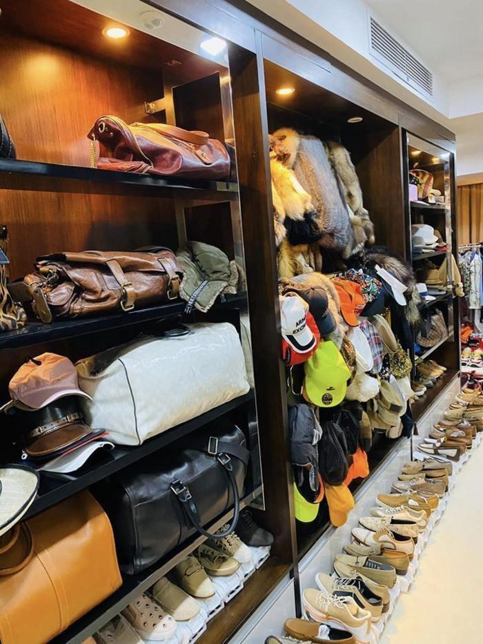Sao Việt khoe tủ đồ hàng hiệu đắt ngang căn penthouse-16
