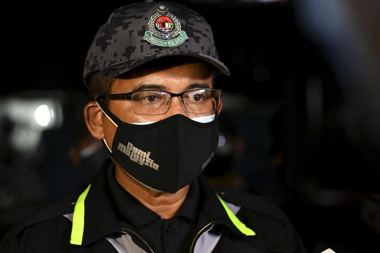 Cục trưởng Cục Nhập cư Malaysia Khairul Dzaimee Daud cho biết bất kỳ tổ chức phi chính phủ (NGO), người sử dụng lao động hoặc cá nhân nào chứa chấp hoặc thuê người lao động nhập cư bất hợp pháp đều phải đối mặt với hình phạt nghiêm khắc, lên đến 50.000 ringgit (hơn 12.000 USD). (Nguồn: The Star)
