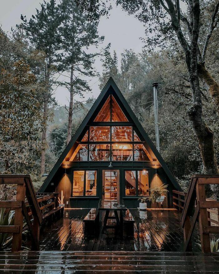Mê mẩn những căn nhà gỗ nhỏ xinh ẩn mình giữa thiên nhiên - 13