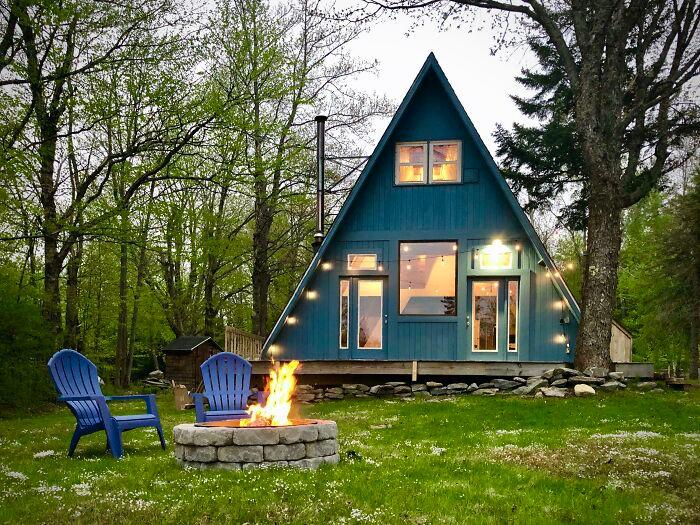 Mê mẩn những căn nhà gỗ nhỏ xinh ẩn mình giữa thiên nhiên - 1