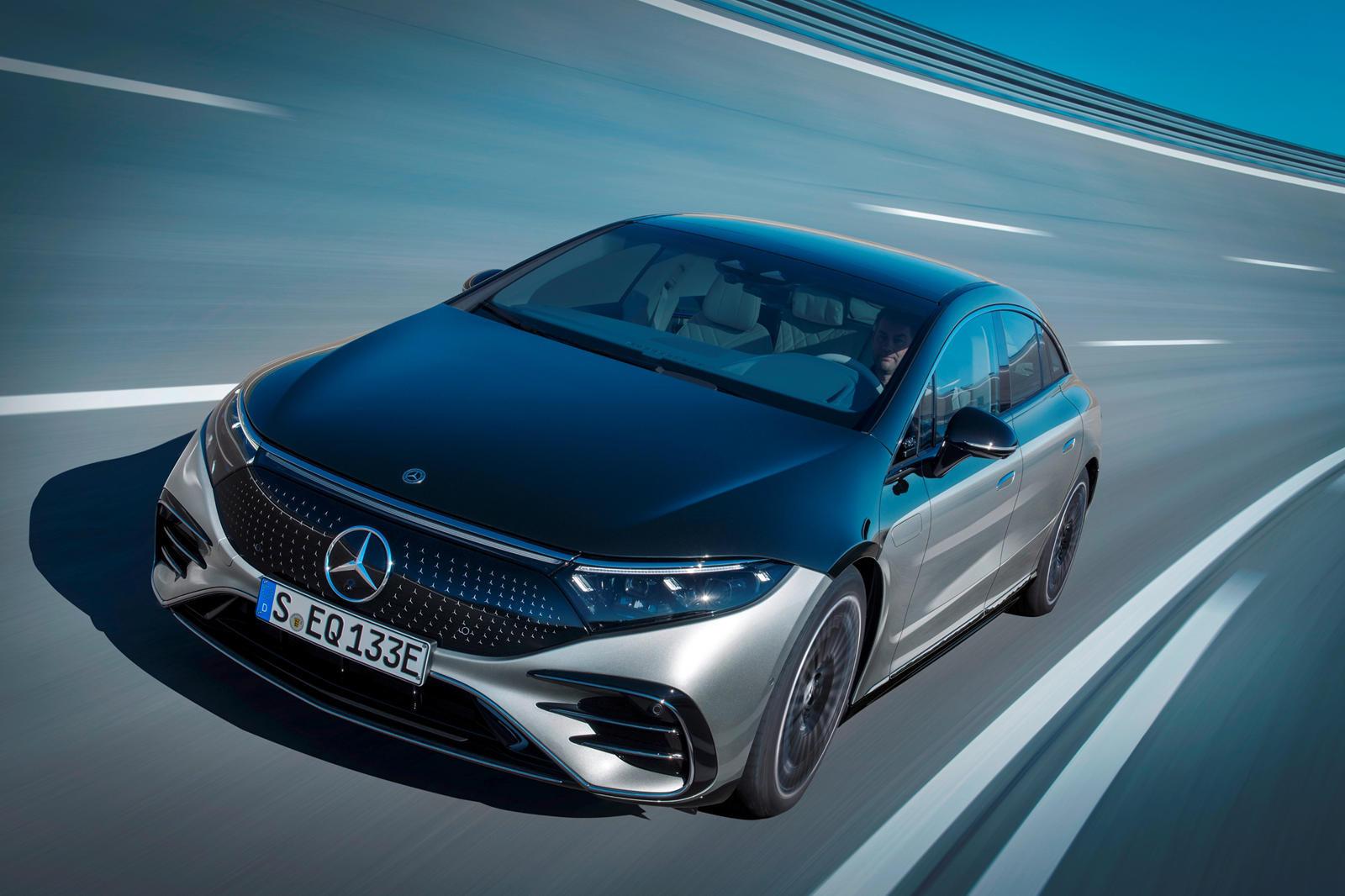 Mercedes chuyển sang đội hình chạy điện hoàn toàn vào năm 2030
