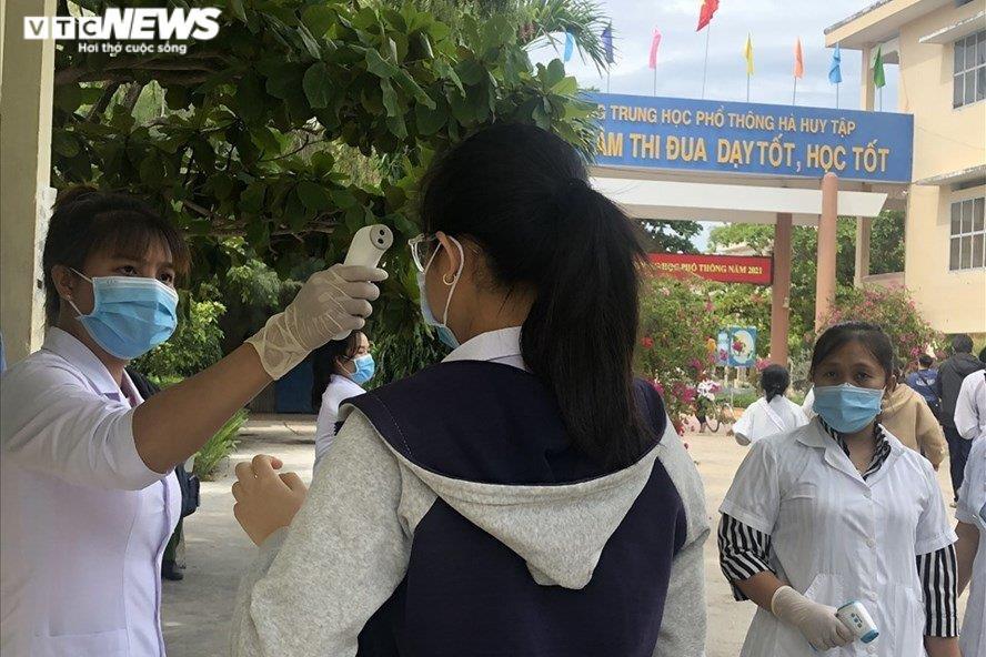 Khánh Hòa đề xuất đặc cách tốt nghiệp cho thí sinh thi THPT đợt 2 - 1