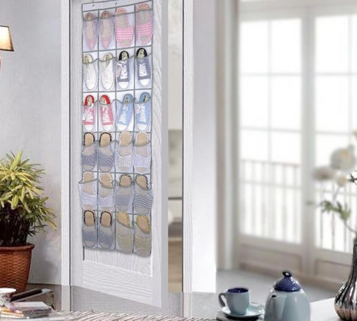 Bảo quản giày ngoài cửa là cách để nó luôn luôn đúng vào vị trí.