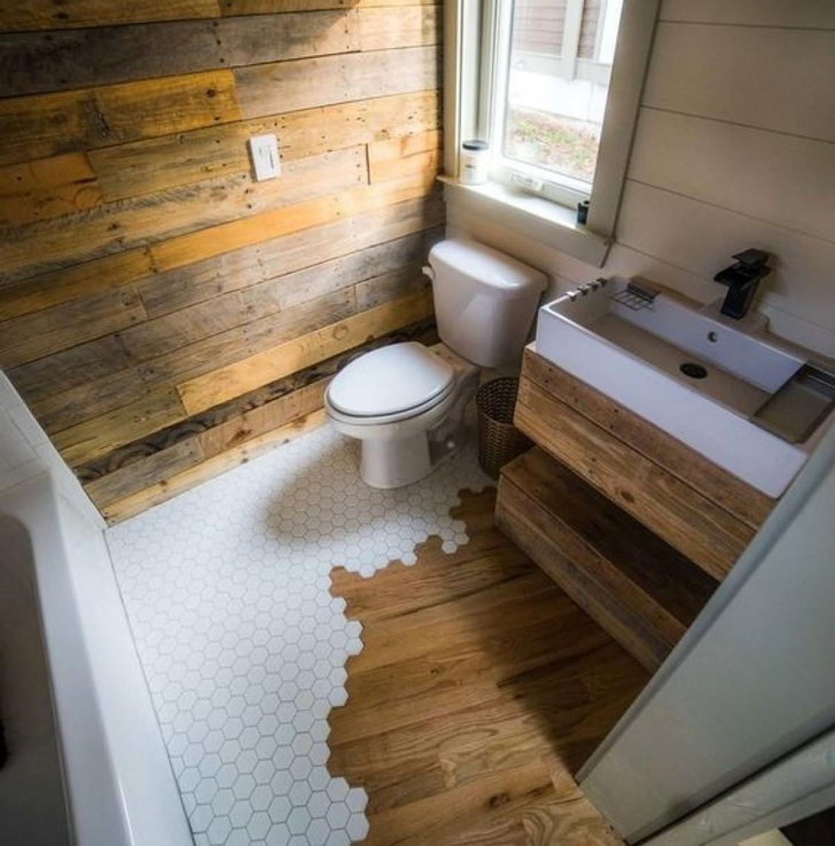 Thiết kế các chi tiết bằng gỗ trong không gian vừa tạo sự ấm áp vừa tăng tính sáng tạo cho căn phòng.