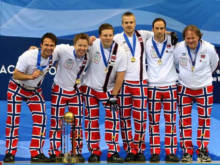 20 bộ trang phục gây ấn tượng ở các kỳ Thế vận hội Olympic - 16
