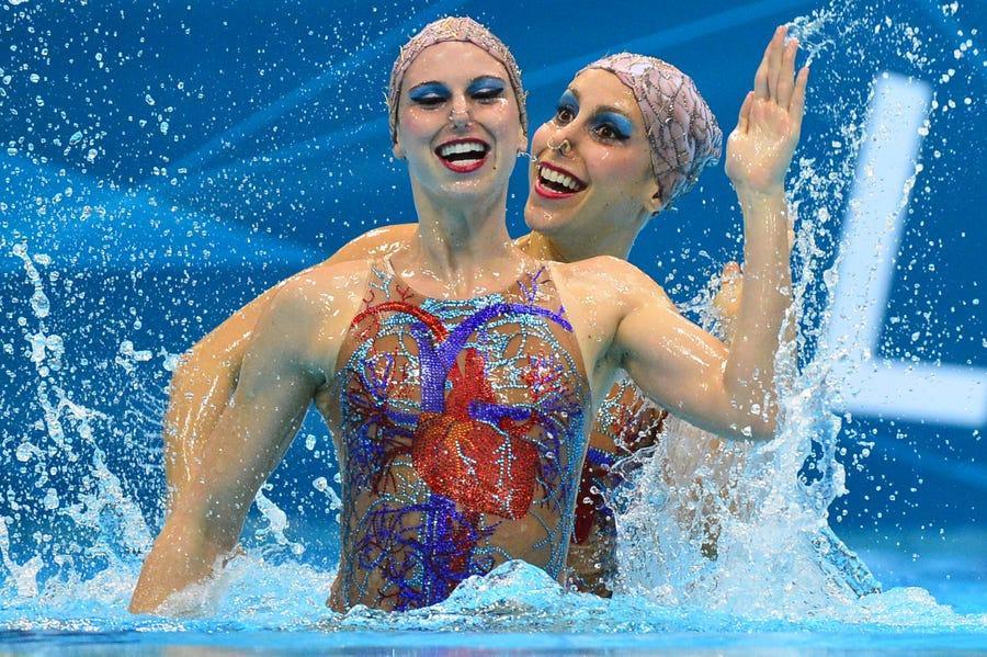 20 bộ trang phục gây ấn tượng ở các kỳ Thế vận hội Olympic - 14