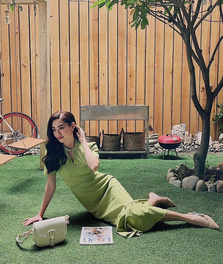 Lệ Quyên, Minh Triệu khoe body nức nở với xanh chuối hot trend-11