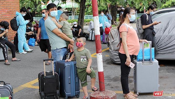 """""""Chuyến tàu lịch sử"""" đón công dân từ Sài Gòn thẳng về Hà Tĩnh ảnh 3"""