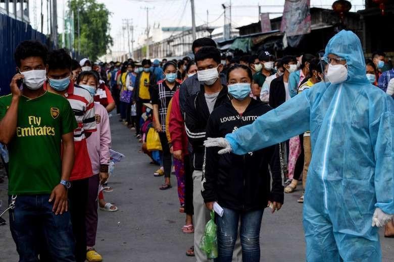 Covid-19: Số ca nhập cảnh mới ở Campuchia cao kỷ lục, Delta hoành hành ở Hàn Quốc. (Nguồn: AFP)